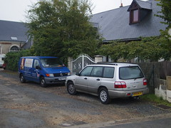 Subaru Forester de 2000 6856 WA 37 & Mercedes Vito 110 CDI de c.2000 6994 YF 37 - 1er decembre 2013 (Rue des Anciens d'Afn - Saint-Branchs) (Padicha) Tags: auto new old bridge france water grass car station electric truck river french coach ancient automobile eau december indre police voiture ruine cher rest former 37 nouveau et loire quai franais nouvelle vieux herbe vieille ancienne ancien fleuve nationale vehicule lectrique reste gendarmerie gazon indreetloire franaise pave nouveaut vhicule utilitaire restes vgtalise letramdetours padicha