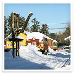 Snow-Covered Wagon (bogray) Tags: winter yard newengland nh 1949 waterspout northconway f7 emd conwayscenicrailroad cabunit steaminthesnow massachusettsbayrailroadenthusiasts csr4268
