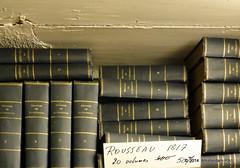 Oeuvres de Jean Jacques Rousseau: 50% off (Amsterdam RAIL) Tags: amsterdam store books bookstore winkel magazin livres boeken bcher straat boekwinkel ouderwets rosmarijnsteeg amsterda jeanjacquesrousseau antiquariaat amsterdamcentrum amsterdamrail