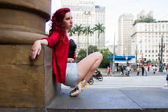 Bailarina Carol (Everton_scs) Tags: street portrait urban ballet woman man canon ensaio book dance ballerina saopaulo rua greats fotografia dana bailarina balletphotography