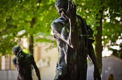 Hide (Ellen Kaufman) Tags: travel sculpture paris france art outdoorsculpture rodinmuseum augusterodin {vision}:{plant}=0823 {vision}:{outdoor}=0777