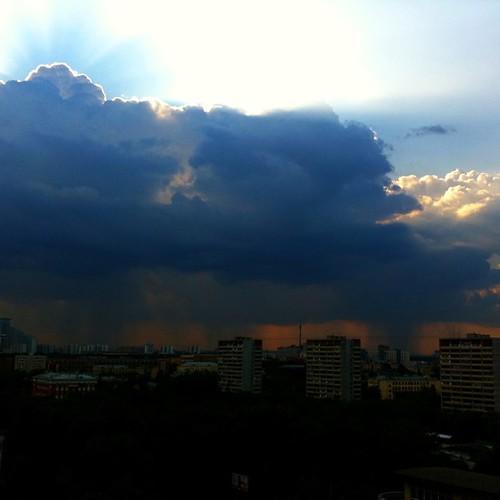 Blue sky #blue #sky #cloud