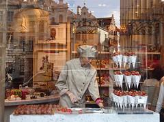Lady Godiva (Xabier Alonso) Tags: brussels shop lady belgium belgique grandplace chocolate strawberries bruxelles olympus voyeur bruselas godiva blgica ladygodiva chocolateshop tg2 grandplacebrussels voyeurshot olympustough olympustg2