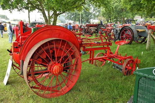 UK, Woolpit Steam Rally, Moline Universal Tractor