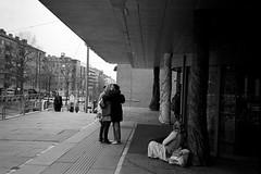 Give more hugs (gborgskij) Tags: street 11 hugs 100 xtol kentmere 10min