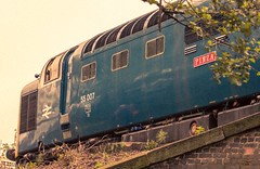 55007 1980's style (deltic17) Tags: diesel napier pinza deltic englishelectric barrowhill royalscotsgrey 55022 barrowhillroundhouse 55007 heritagediesel 0z55