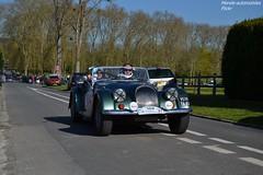 Morgan Plus 8 1971 (Monde-Auto) Tags: auto france automobile tour course plus morgan verte cabriolet courances comptition plus8