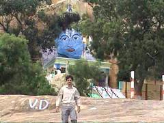 Jain Temple Bangalore 06 (umakant Mishra) Tags: devanahalli jainism jaintemple hillclimbing bangaloresightseeing parswanathtemple umakantmishra soubhagyalaxmimishra nakodajaintemple devanahallijaintemple hilljaintemple