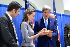 Secretary Kerry and UNHCR Special Envoy Jolie Pitt Break the Fast at an Interfaith Iftar Reception to Mark World Refugee Day (U.S. Department of State) Tags: angelinajolie johnkerry unhcr iftar worldrefugeeday angelinajoliepitt refugeeswelcome shaarikzafar