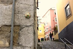 Intra Larue 723 (intra.larue) Tags: street urban art portugal breast arte lisboa pit urbana urbano teta sein moulding lisbonne urbain pecho peito intra formen seno brust moulage tton