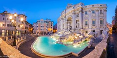 Panorama Fontaine de Trevi, Rome (sebastien.mespoulhe) Tags: panorama rome roma monument nightshoot trevi bluehour fontaine heurebleue