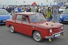Renault 8 (Kevin-A.) Tags: world auto show camera autumn red france cup car sport by racetrack race germany season deutschland photography one 1 photo championship official teams nikon frankreich track foto fotografie d weekend cam herbst picture f1 bull racing september renault elf formula driver series trophy local 12 20 5000 formula1 rennen michelin th rheinland rhineland pfalz kamera infiniti wochenende eurocup saison nrburgring formel1 fahrer nurburgring formel nrburg 2015 rennstrecke palatinate d5000 rennserie offiziel