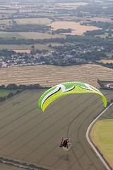 Paramoteur (Les pieds dans le vide) Tags: france sport champs aerialview paysage fr ulm casson paysdelaloire paramoteur survol vuearienne