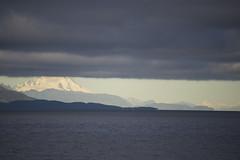 Mirar sobre las nubes (Gepa_84) Tags: sky clouds grey gris snow nieve tierra del fuego land fire montaa mountain magallanes chile estrecho magellan strait