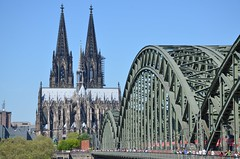 Kln (Fistarol) Tags: trip bridge sun history colors architecture germany photography nikon europa europe day dom catedral cologne kln best colonia locks cattedrale koelner hohenzollern cadeados d7000