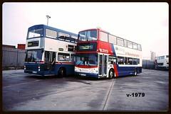 2460 4535 (Vinyl 1979) Tags: dennis westmidlandstravel wolverhampton twm mcw travelwestmidlands 2460 dennistrident 4535 mcwmetrobus bl53edf noa460x investinginwolverhampton