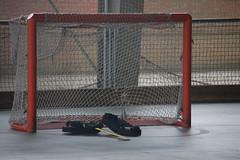 Ausencia (Miguel Angel Garca Madrigal) Tags: hockey deporte stick patines alcobendas guantes guardas porteria portero protecciones fundal hochey vetonia