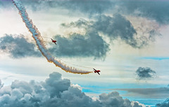 Red Arrows (karlmccarthy1969) Tags: plane redarrows sky clouds transport