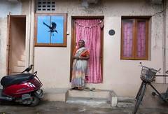 Streets of Triplicane (Raghunathan Anbazhagan) Tags: street people india bird fly women streetphotography streetphoto crow chennai tamilnadu cwc triplicane chennaiweekendclickers