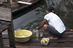 _TEF5859 (Edson Grandisoli. Natureza e mais...) Tags: rio limpeza amaznia solimes lavar caboclo lavando ribeirinho ribeirinha cabocla regionorte