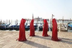 la biennale di arte pubblica a Venezia da Manfred Kielnhofer contemporanea arte architettura design scultura teatro (Art Beyond Limits) Tags: lighting light sculpture art public modern painting design gallery contemporary arts culture virtual installation visual ars biennale biennial lichtkunst artandarchitecture artcollectors callforentries artandconstruction