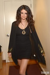 Selena Gomez (crazygirlsa) Tags: usa ny newyork eyecontact bindi blackdress goldnecklace blackandgoldcardigan