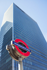 Canary Wharf, London ([db] Photography) Tags: london underground fuji canarywharf finance jpmorgan x100s