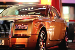 Golden (| Musfirs) Tags: mall golden parking rollsroyce saudi british phantom luxury coupe royce dxb ksa 100ex 2013