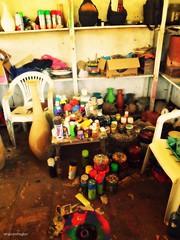 Taller de cerámica (Taylor Rigby) Tags: colores nicaragua león cerámica pintura
