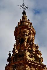 Santo Domingo de la Calzada (La Rioja). Catedral. Torre. Detalle (santi abella) Tags: larioja santodomingodelacalzada catedraldesantodomingodelacalzada
