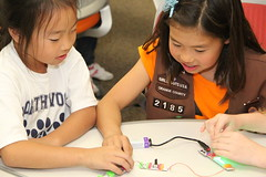 "LittleBits Workshop • <a style=""font-size:0.8em;"" href=""http://www.flickr.com/photos/39901239@N00/12918375125/"" target=""_blank"">View on Flickr</a>"