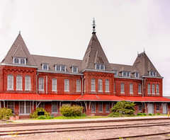 Holly Springs, MS train depot (Dave Reasons) Tags: mississippi unitedstates hollysprings
