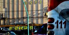 """""""Mandarin-111""""Entre campanas, Letras en Mandarin que denotan la existencia de la comunidad china en el centro de Mexicali... Transcurre un dia comun en el centro historico de la ciudad Foto:El Lemus (El Lemus) Tags: life china california street urban sun bus sol lines mexico calle movement day republic chinese el movimiento camion 111 urbano baja autobus sombras frontera 1111 mexicali norte transporte chino lineas espaol lemus cachanilla urbanidad"""