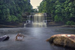 Maliau Falls (David KWC) Tags: nature water forest river landscape flow waterfall rainforest rocks malaysia borneo remote sabah hdr waterscapes sigma1020mm maliau nd1000 nikond80 maliaubasin maliaufalls