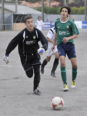 DORN-TIRS 009 1200 (Alberto Segade) Tags: sports football nikon soccer infantil nikkor ftbol oleiros codesal d300 dorneda nikkorzoomlens nikond300 nikon80200afs
