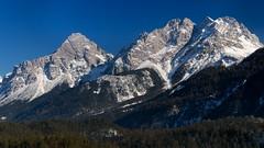 Mieminger Alpen (PascallacsaP) Tags: blue trees winter sky snow mountains alps forest austria tirol sterreich chain range tyrol fernpass miemingerkette afsdxzoomnikkor1755mmf28gifed miemingergebirge rasthauszugspitzblick miemingeralpen