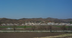 Route Pyongyang - Kaesong (jonathanung@ymail.com) Tags: lumix countryside asia country korea asie campagne nord northkorea corée dprk cm1 koryo coréedunord insidenorthkorea républiquepopulairedémocratiquedecorée rpdc lumixcm1