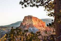 2015-11-14 17-29-38 (Sergey Ryazantsev) Tags: park travel red sky mountains fall colors utah rocks places sharp brycecanyon