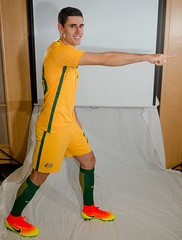 800_7296.jpg (KevinAirs) Tags: from  sport tom portraits this hotel football kevin soccer c au sydney picture australia nsw buy newsouthwales rogic pointing available copies airs socceroos intercontintental intercontintentalhotel tomrogic kevinairs442 wwwkevinairscom kevinairswwwkevinairscom kevinairscom airswwwkevinairscom ckevinairswwwkevinairscom buyatkevinairscom copiesofthispictureareavailablefromwwwkevinairscom