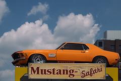 Mustang Safari (mdss68) Tags: berlin kodak 64 mustang checkpointcharlie ecktachrome vsco xf1855mm fujixpro2