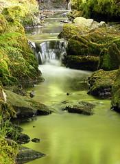 Silverburn, Lochside, Aberdeen (PeskyMesky) Tags: longexposure canon river scotland dof outdoor pov depthoffield pointofview aberdeen le silverburn bridgeofdon lochside canoneos500d