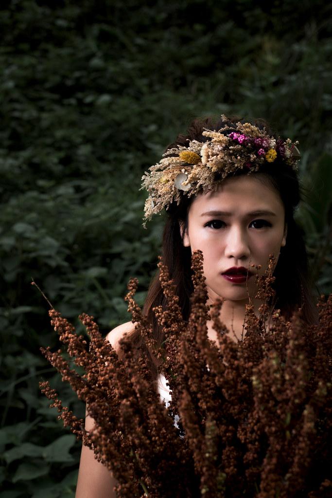 南雅奇岩婚紗,新娘花圈,新娘花冠,黑暗風婚紗