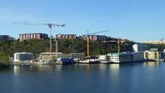 Finnboda (skumroffe) Tags: construction sweden stockholm baustelle cranes constructionsite bau bygge gruas nacka grues finnboda kranar byggarbetsplats
