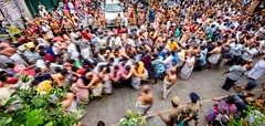 Crowds (rameshsar) Tags: 1024 brahmathosovam parthasarathy temple triplicane chennai procession religion xt1 crowds people colors hindu vaishnav