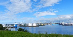 Aberdeen Harbour, Aberdeen, July 2016 (allanmaciver) Tags: aberdeen harbour city silver grampian north east water sea weather clouds ships vessels drums caledonian allanmaciver