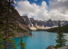 Lake Moraine (gr7361) Tags: canadianrockies lakemoraine lake visipix canada alberta banffnationalpark clouds glacier turquoise peaks ten louise