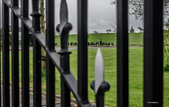 No Getting Out! (BGDL) Tags: graveyard gate monkton ayrshire nikond7000 ourdailychallenge bgdl nikkor50mm118g elementsorganizer11
