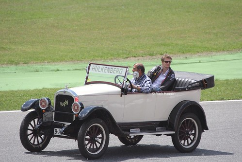 Nico Hulkenberg in the Drivers' Parade at the 2013 Spanish Grand Prix