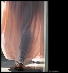 imagining (magicoda) Tags: venice light people italy woman color sexy feet colors girl boat donna nikon streetlight barca italia ship colore foto emotion candid persone voyeur barefoot passion fotografia vpl dslr venezia piede luce ragazza passione veneto d300 trasparenza trasparency 2013 emozione magicoda davidemaggi maggidavide