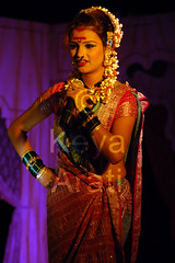 Major part of Lavani - Talking to (mostly male) audience (keyaart) Tags: india men women dancers folk mumbai lavani
